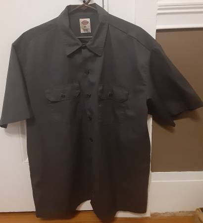 Photo Mens Dickies work shirt (XL) - $20 (Springfield)