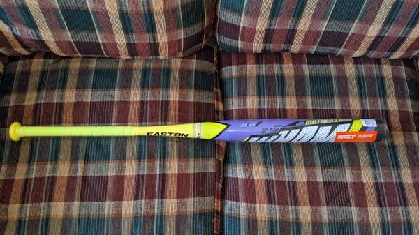 Photo New Easton Wham Slowpitch Softball Bat 34quot,26 ounces,12.5 inch barrel - $130 (Springfield)