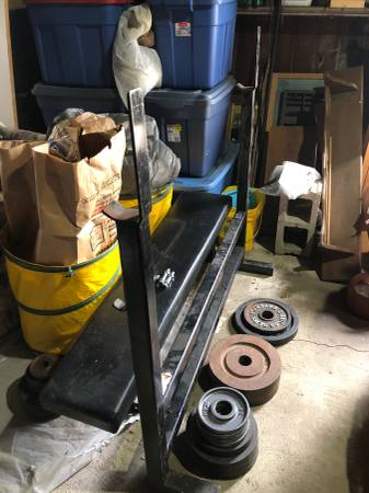 Photo Olympic weight bench - $50 (Troy)