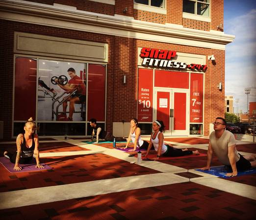 Photo Snap Fitness on N Patterson Blvd for Sale - $40,000