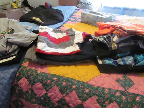 Photo boys summer clothes size 6 to 7 - $15 (Fairborn)