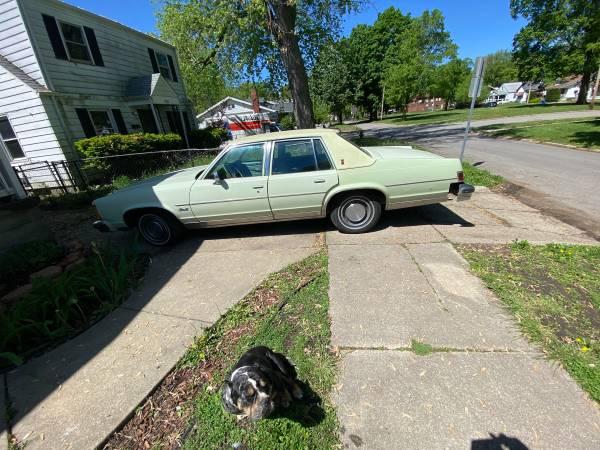 Photo 1979 delta 88 - $4,000 (Decatur)