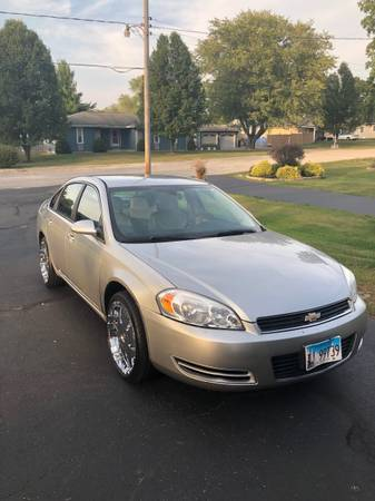 Photo 2008 Chevy impala - $5,000 (South shores)
