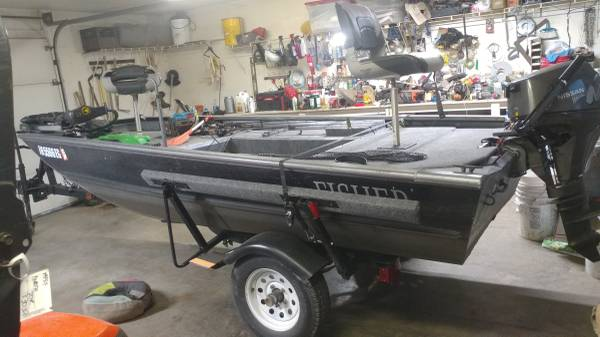 Photo 2008 Fisher boat, trailer, outboard and trolling motor - $4,800 (Terre Haute)