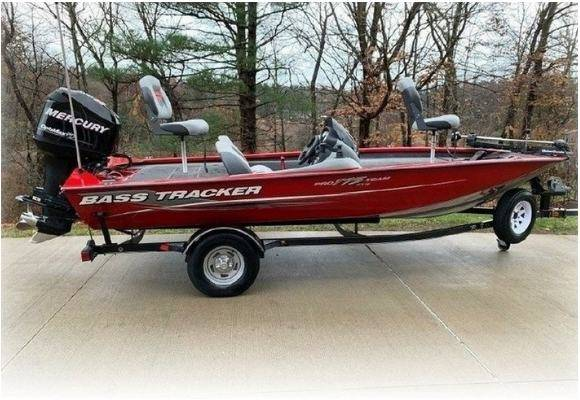 Photo 2013 Bass Tracker -Mercury Boat has been well maintained - $1,400