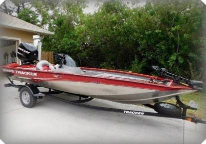 Photo 2015 Bass Tracker BOAT EASILY HANDLED BY TWO PEOPLE - $1,600