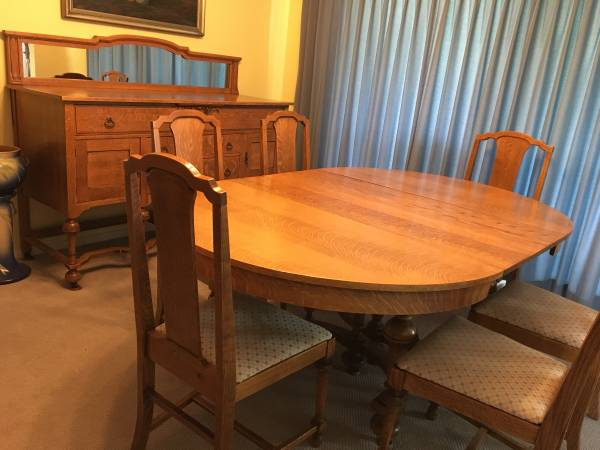 Photo Antique Tiger Oak Dining Table  Chairs with Buffet - $1,900 (Bloomington, IL)