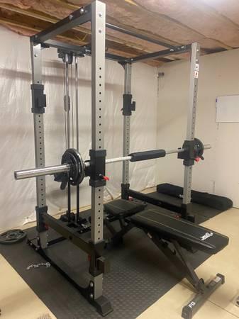 Photo Bodycraft power cage - $500 (Hanna City)