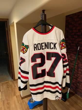 Photo Chicago Blackhawks Jersey - $45 (Chenoa)