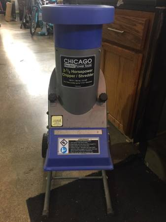 Photo Chicago Electric Chipper Shredder - $90 (Springfield)