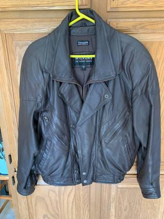 Photo Excellent Wilsons Real Leather Jacket-Very Cool Looking-Quality - $15 (East Peoria)