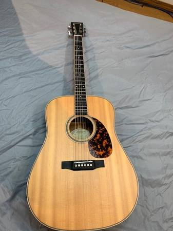Photo Larrivee D-40 Acoustic guitar - $1,300 (Virginia)