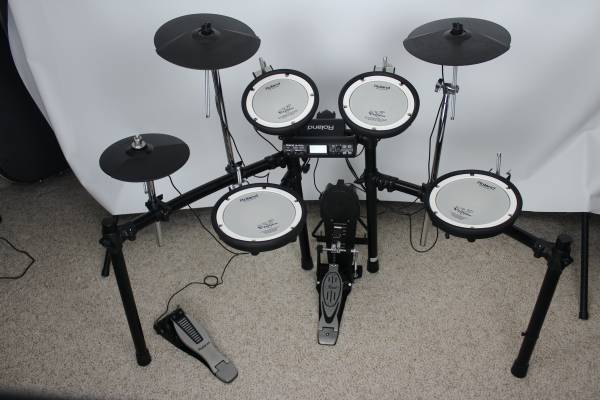 Photo Roland TD-4SX Drums with Amp - $450 (Chatham)