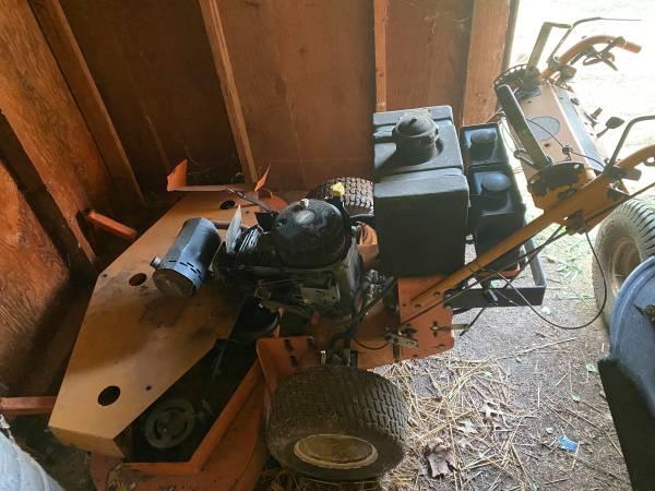 Photo Scag 52 inch walk behind - $500 (Decatur il)