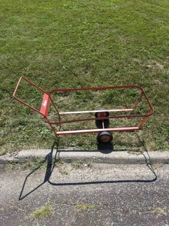 Photo Trash barrel cart CURB ALERT (Peoria)