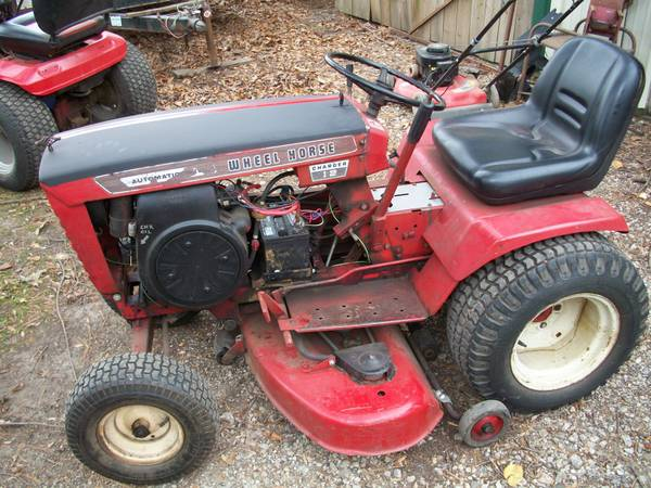 Photo Wheel Horse Charger 12 - $850 (Mt. Zion)