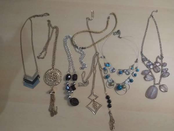 Photo Costume jewelry (NESA- Northern Hills area)