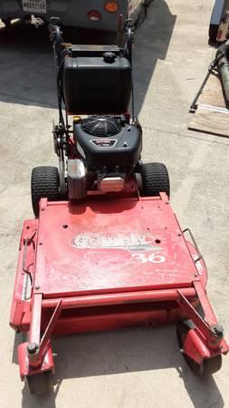 Photo Gravely Pro 36 Mower, Mulching Kit, Briggs  Stratton Motor - $1,375 (Schertz, Tx)