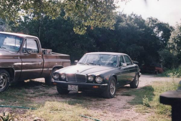 Photo Jaguar XJ6 - $2,500 (SPRING BRANCH)