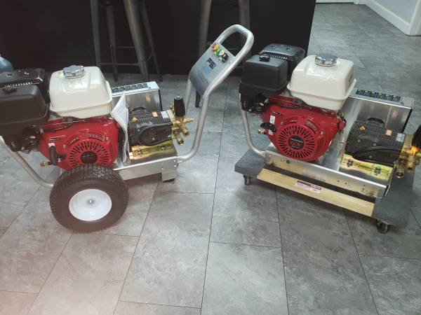 Photo ON SALE INDUSTRIAL COLD WATER PRESSURE WASHERS - $1 (San Antonio)