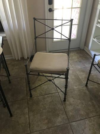Photo Pier one wrought iron chairs - $200 (Rogers Ranch)
