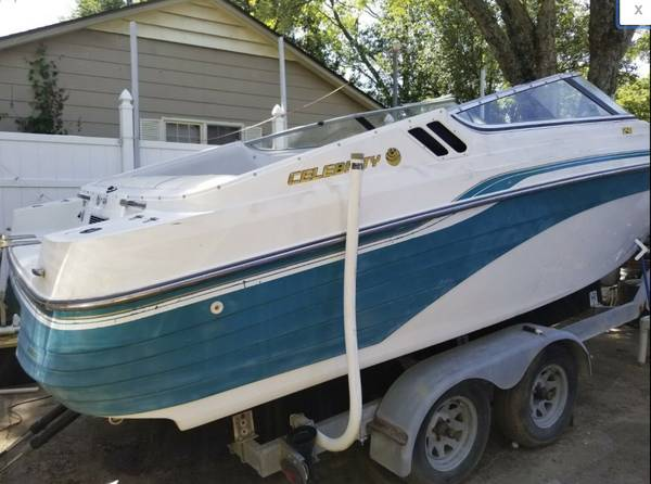 Photo 1995 Celebrity 24 ft Bow Rider boat w Trailer (no motor) - $2,400 (Westminster)