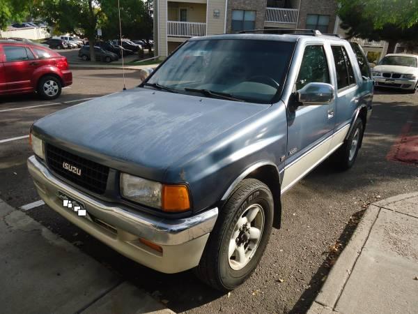 Photo 1996 Isuzu Rodeo LS - Runs and Drives - $800 (AURORA)