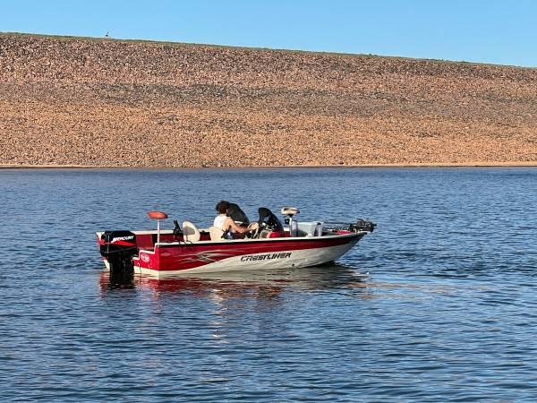 Photo 2001 Crestliner Fishawk - Fishing Boat - $12,900 (Centennial)