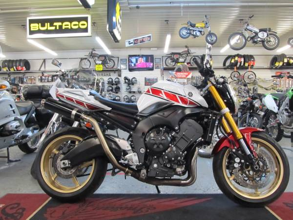 Photo 2008 Yamaha FZ1- SOLD (Steeles Cycle Buy,Sell,Trade,Consign) - $3,999 (Englewood)