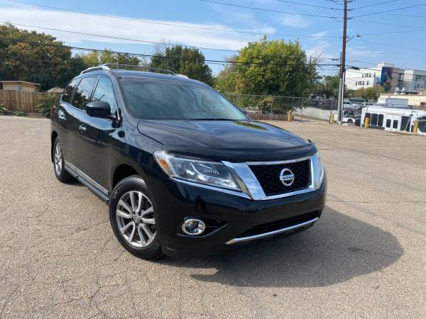 Photo 2015 Nissan Pathfinder SL 4WD Fully Loaded No Dealer Handling Fees - $14,000 (Denver)