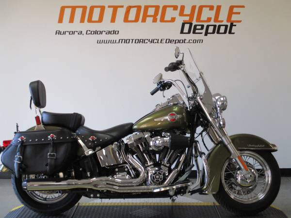 Photo 2016 Harley Davidson Heritage Softail ClassicPRICE REDUCED - $12,899 (MOTORCYCLE DEPOT)