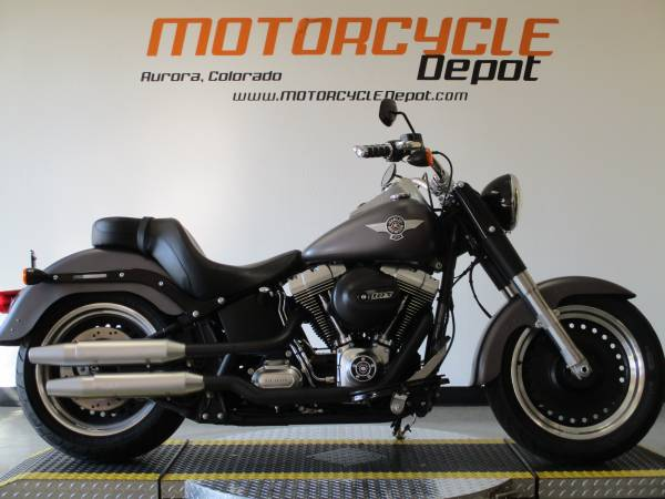 Photo 2016 Harley Davidson Softail Fat Boy LoPRICE REDUCED - $11,999 (MOTORCYCLE DEPOT)