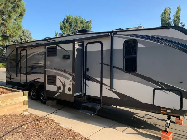 Photo 2017 Forest River XLR Hyperlite 30HDS - $29,500 (Castle Rock)