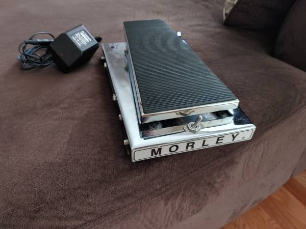 Photo 8039s Vintage Morley Volume pedal - $100 (Arvada)