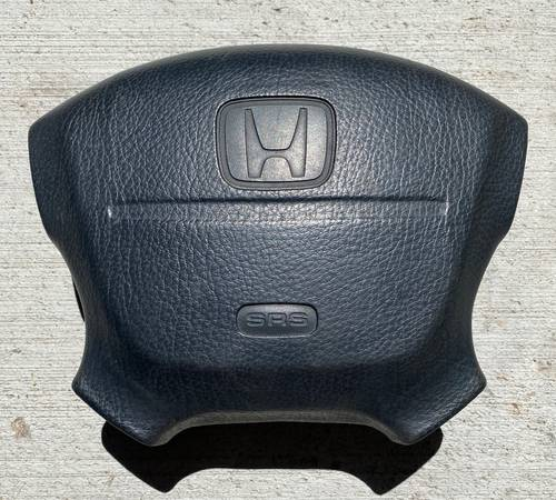 Photo 92-95 Civic Drivers Side Left Airbag For the Steering wheel - $60 (Parker)