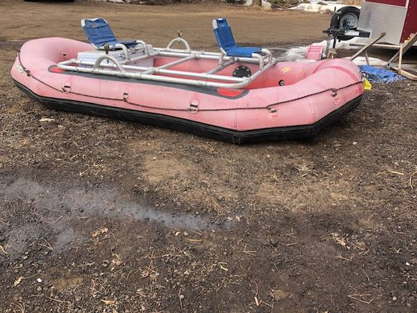 Photo Achilles 14ft Whitewater raft - $1600 (Morrison)