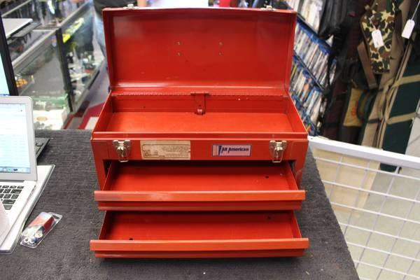 Photo All American Tool Box - $20 (Broomfield)