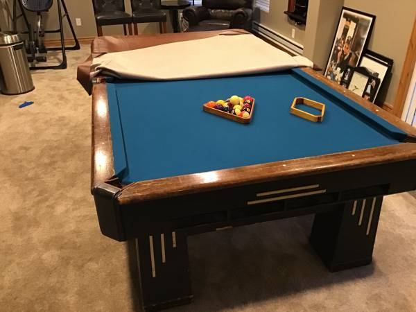 Photo Beautiful Antique Pool Table - $1,500 (PARKER)