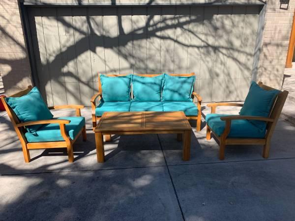 Photo Broyhill Teak Wood Outdoor Furniture - $950 (DTC area)