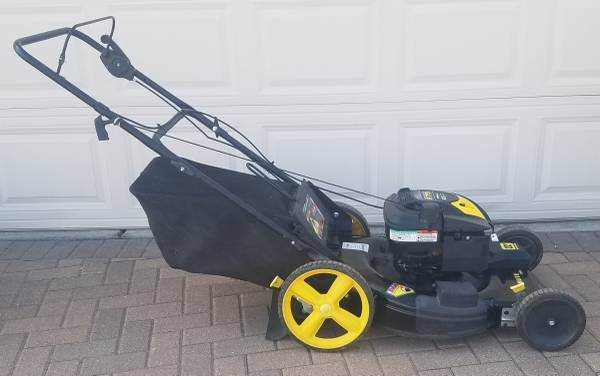Photo Brute by Briggs and Stratton 6.7 HP 22quot Self-Propelled Lawn Mower - $225 (Northeast Metro Denver)