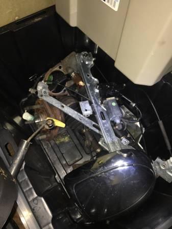 Photo Cadillac Escalade Parts - $20 (Denver)