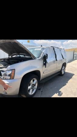 Photo Chevy Tahoe LTZ 2008 - $1,500 (Commerce City)