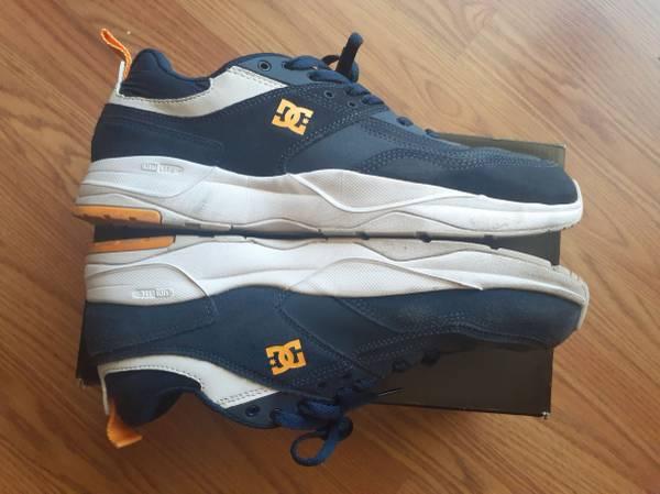 Photo DC Skate Shoes Size 11.5 - $30 (Denver)
