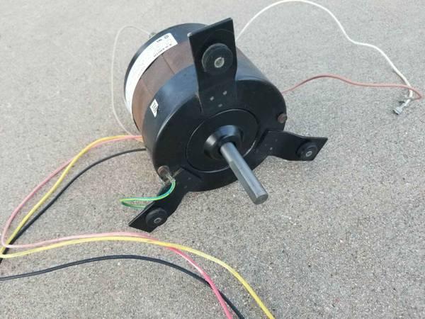 Photo Fan Motor for Dometic Duo Therm Brisk Air II AC Unit - $60 (Sheridan)