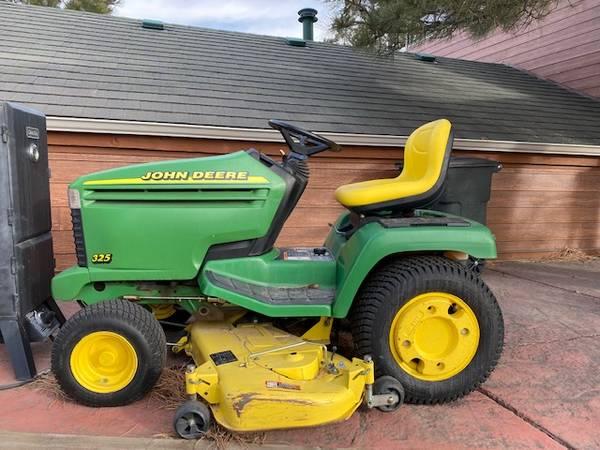 Photo John Deere 325 garden tractor - $1,500 (Parker)