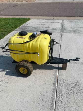 Photo John Deere 45 Gallon sprayer - $450 (Elizabeth)