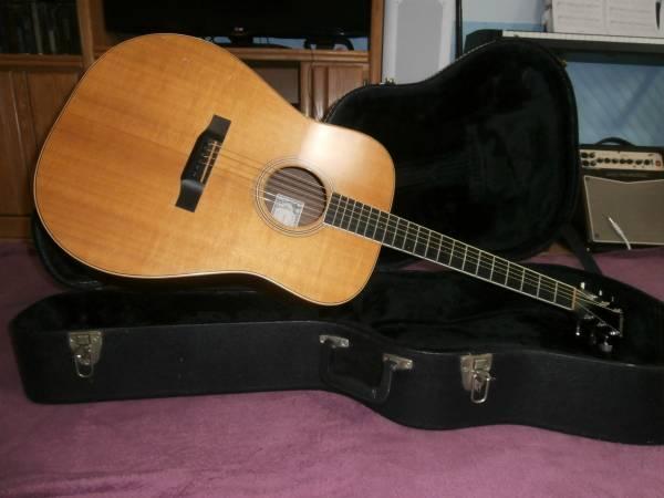 Photo Larrivee D-03 Rosewood Acoustic Guitar - $750 (Lakewood)