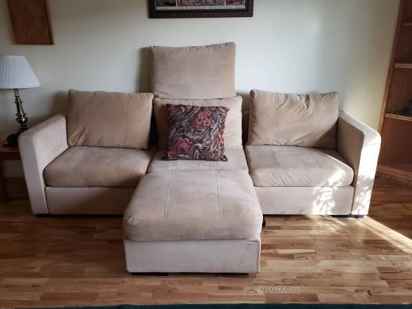 Photo LoveSac Sactional CouchSofa - $700 (Yosemite and Hden)