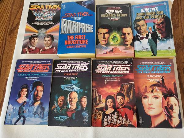 Photo Mixed lot of 13 Star Trek books, First printings - $20 (Broomfield)