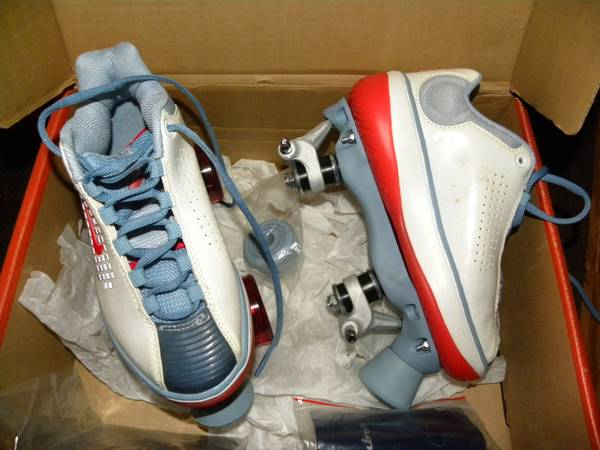 Photo New Nike Beachcomber Roller Skates - $40 (West Arvada)